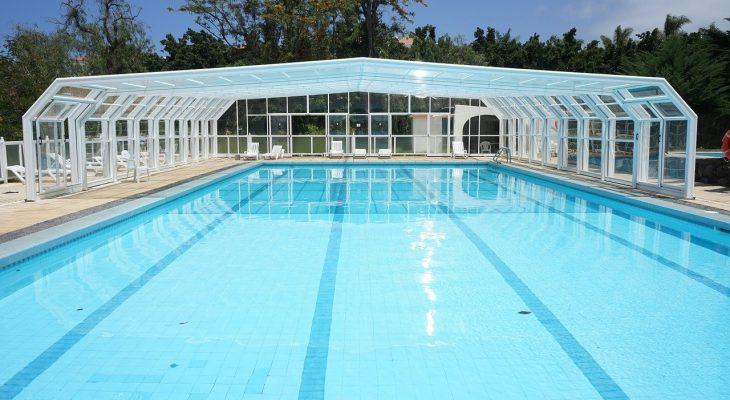 Oferty pokryw basenowych oraz materiał ich wykonania